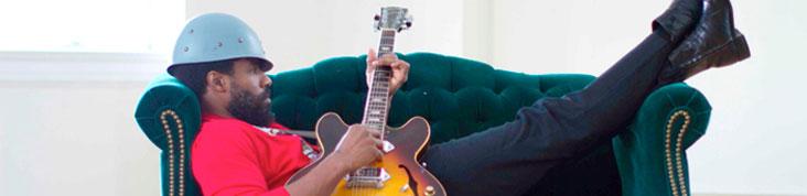 CODY CHESNUTT : NOUVEL ALBUM LANDING ON A HUNDRED EN ECOUTE EN AVANT-PREMIERE