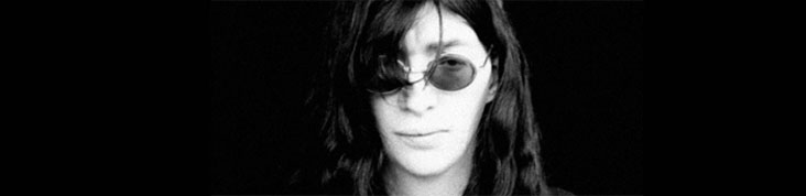 JOEY RAMONE : NOUVEL ALBUM POSTHUME YA KNOW? EN MAI, SINGLE ROCK AND ROLL IS THE ANSWER EN ECOUTE
