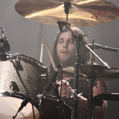 NATHAN FOLLOWILL (KINGS OF LEON) PRIVE DE BATTERIE PENDANT TROIS MOIS