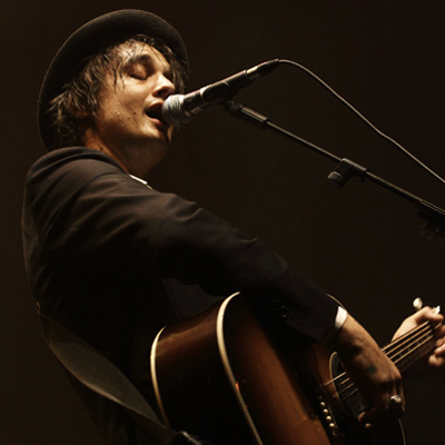 PETE DOHERTY LIVE CITE DE LA MUSIQUE 2010
