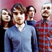 PULLED APART BY HORSES BIOGRAPHIE