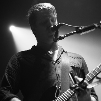 QUEENS OF THE STONE AGE LIVE ZENITH 2008