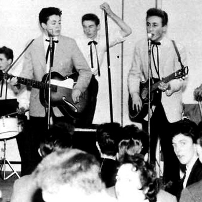 GROUPE THE QUARRYMEN