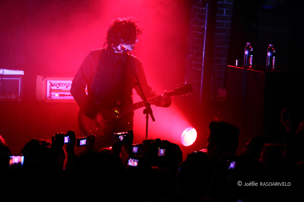 prettyreckless_5387_jr_2010