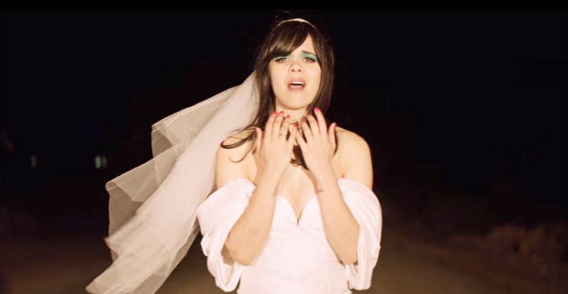 bat_for_lashes_sunday_love_video