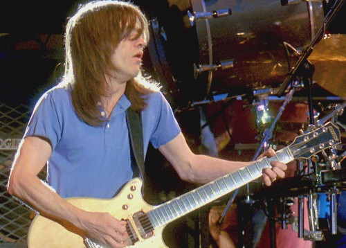 malcolm_young_fuck_1