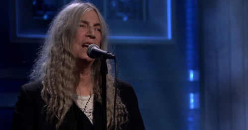patti_smith_adjustment