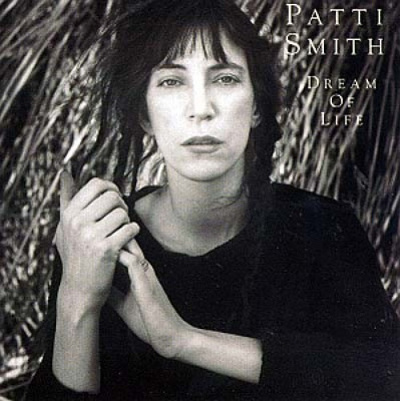 patti_smith_dream_of_life