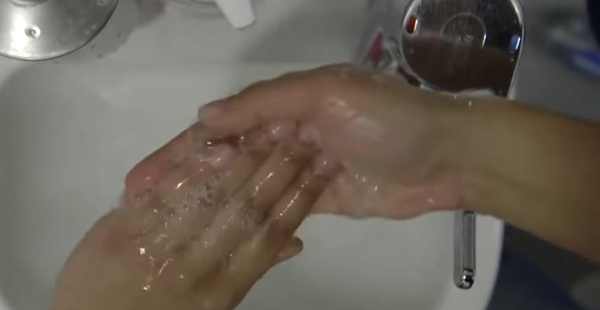 foals_wash_off_video