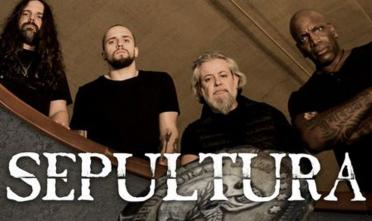 sepultura_concert_machine_moulin_rouge_2021